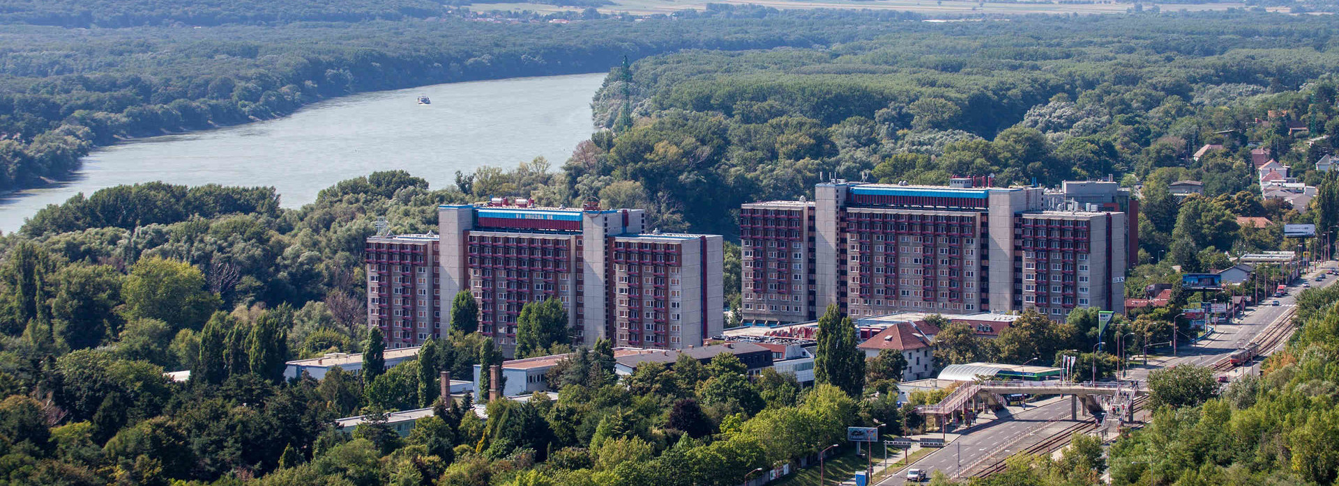 848abc4c0bbe Hotel Družba Bratislava